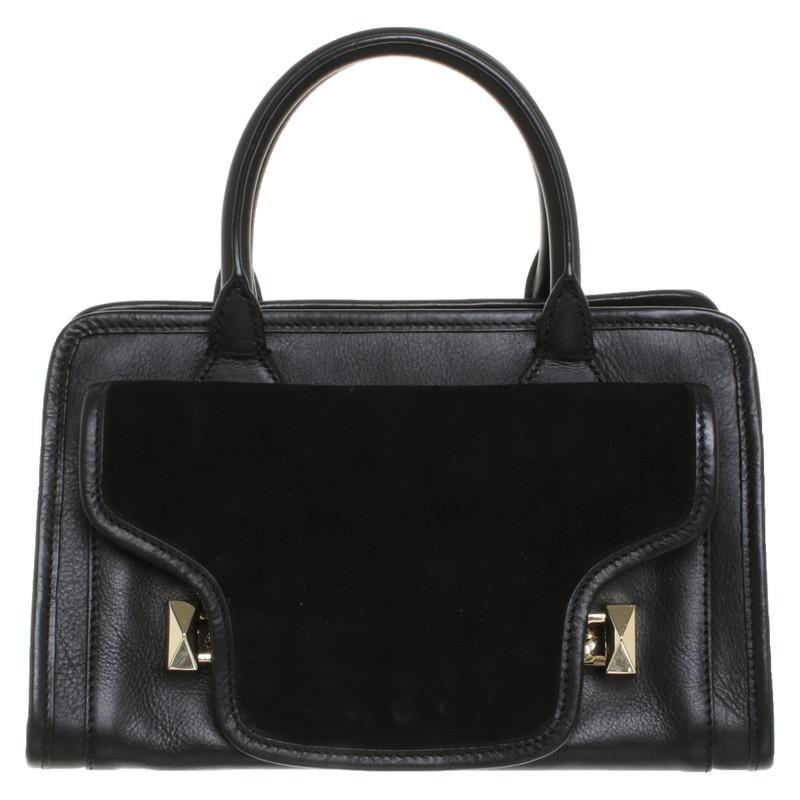 Karl Lagerfeld Handtasche aus Leder in Schwarz Second Hand