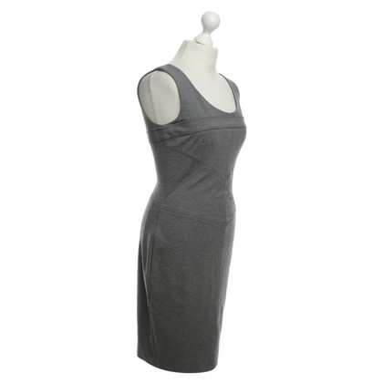 Stefanel Jersey-Etuikleid in Grau