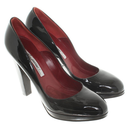 Brian Atwood pumps in vernice nera