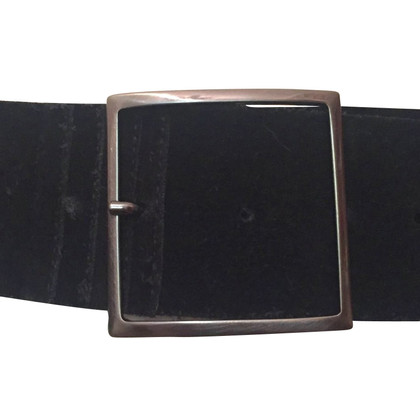 Turnover Black leather belt