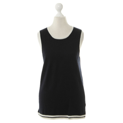 Allude Vests