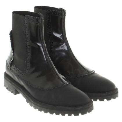 Balenciaga Chelsea-Boots in Schwarz
