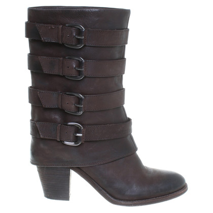 Ash Boots in Brown