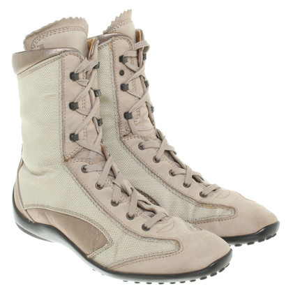 Tod's Boots in beige