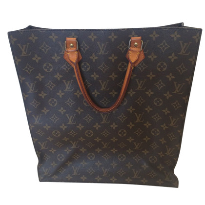 Louis Vuitton Sac Plat