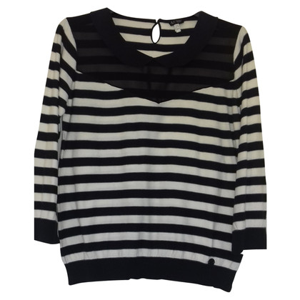 Giorgio Armani Sweater with striped pattern
