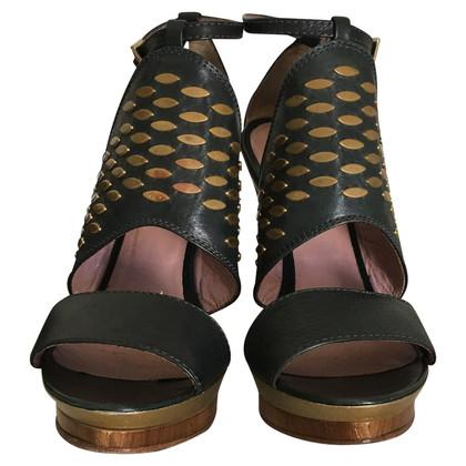 Pinko sandali