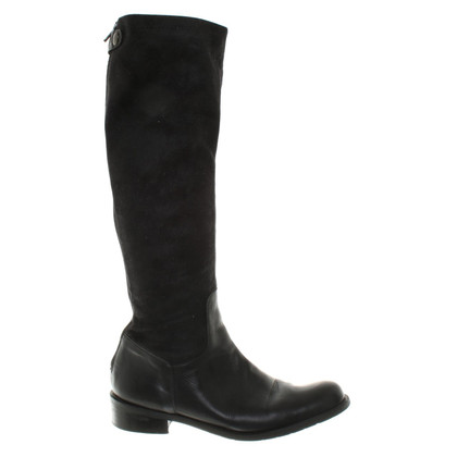 Schumacher Boots in Black