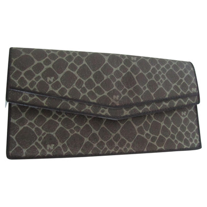 Nina Ricci Wallet with pattern