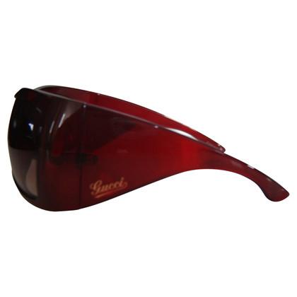 Gucci Sunglasses in red