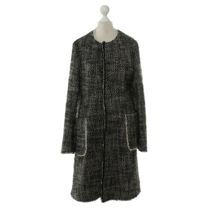 Marni Coat in black and white