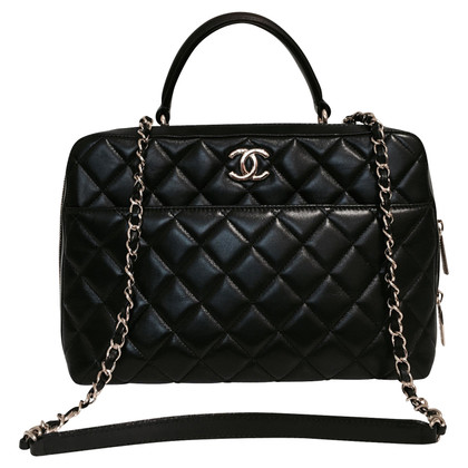 Chanel Bag with gold-colored chain