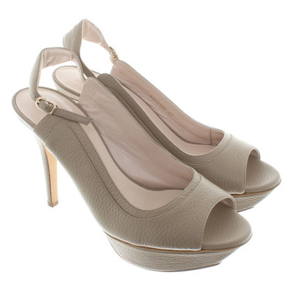 Escada Peeptoes in beige