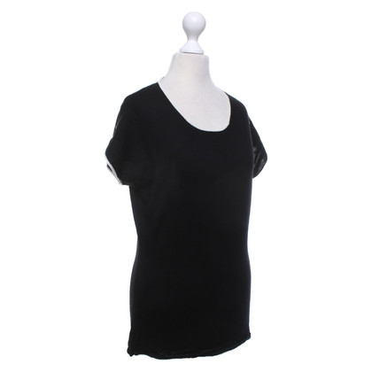 St. Emile Knit top made of new wool