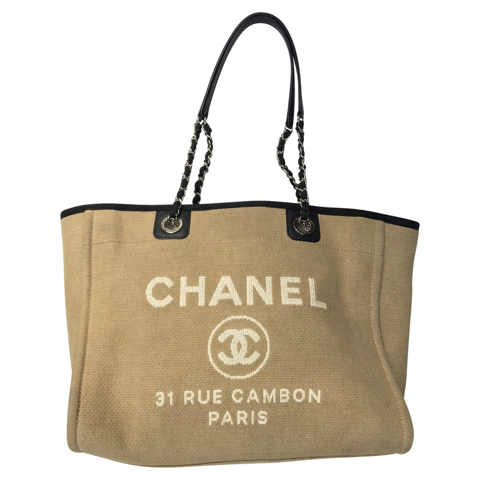 chanel deauville tote second hand chanel deauville. Black Bedroom Furniture Sets. Home Design Ideas