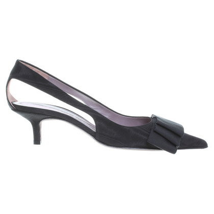 Anya Hindmarch pumps met Schleifenapplikation