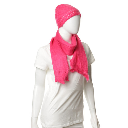 Marni Hat and scarf in pink