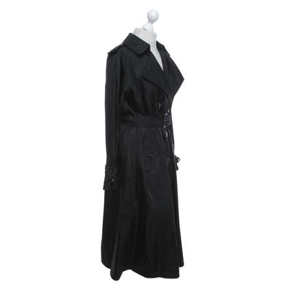 Prada Trenchcoat in zwart