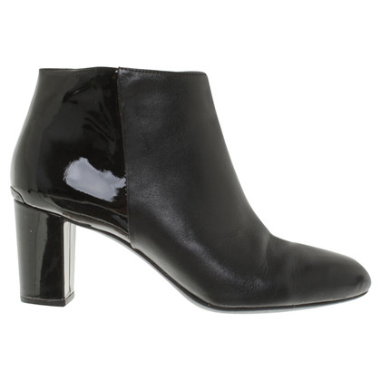 Michael Kors Ankle Boots in Schwarz