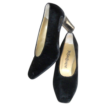 Yves Saint Laurent pumps met fluweel / lakleer