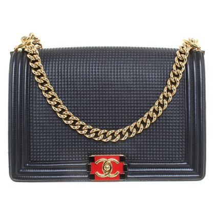 "Chanel ""Boy Bag"" in Dunkelblau"