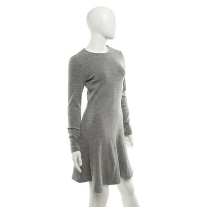 Set Vestito di grigio