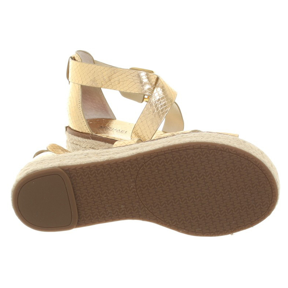 michael kors sandalen in gold second hand michael kors sandalen in gold gebraucht kaufen f r. Black Bedroom Furniture Sets. Home Design Ideas