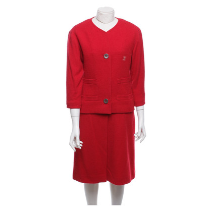 Chanel Costume in rosso