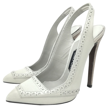 Tom Ford pumps in light gray