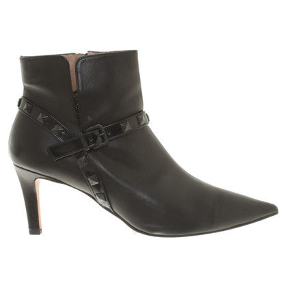 Pura Lopez Leather Boots in Black