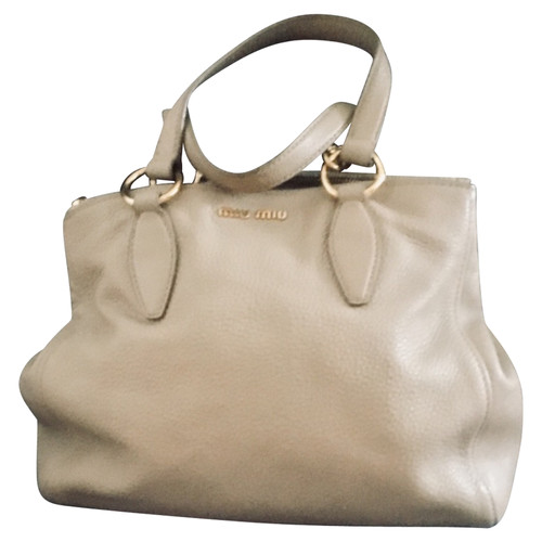 Miu Miu Handbag Leather in Beige - Second Hand Miu Miu Handbag ... 5747f2c2e39c6