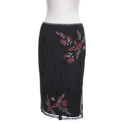 Karen Millen skirt with embroidery and sequins