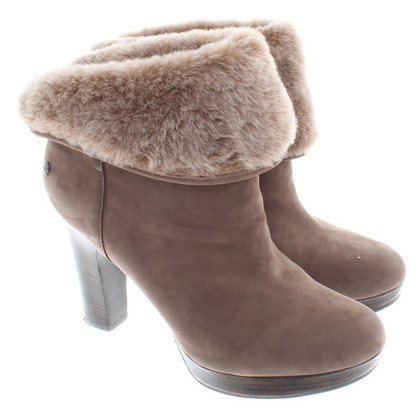 UGG Australia Ankle boots from suede