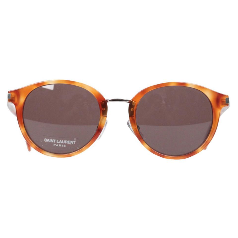 yves saint laurent des lunettes de soleil acheter yves saint laurent des lunettes de soleil. Black Bedroom Furniture Sets. Home Design Ideas