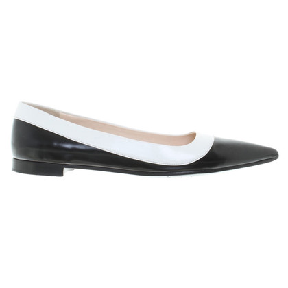 Prada Ballerinas in black / white