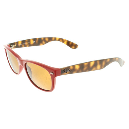 Ray Ban Sunglasses in red / brown
