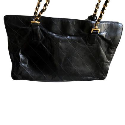 Chanel Vintage Shopper