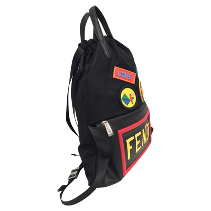 Fendi sac à dos noir