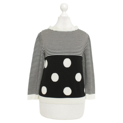Moschino Sweater with pattern