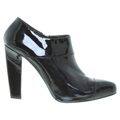 Prada Patent leather ankle boots in black