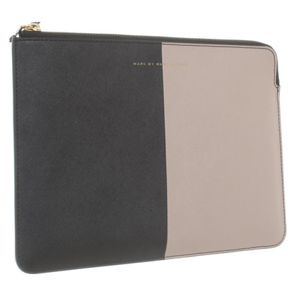 Marc Jacobs iPad case in beige / black