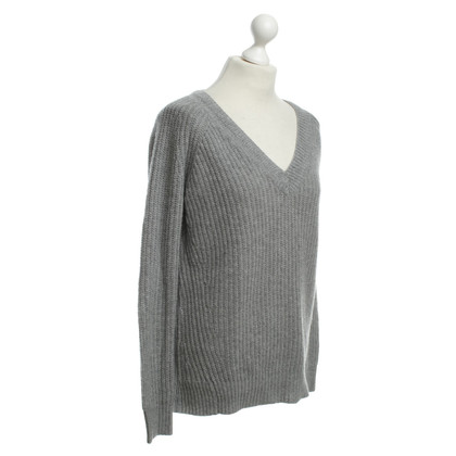 Theory Cashmere sweater in grey