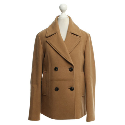 Closed Coat in ocher