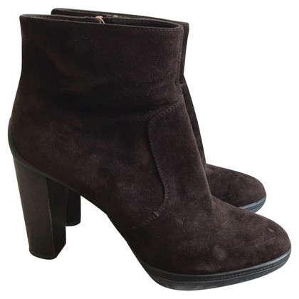 Tod's Wild leather ankle boots in dark brown