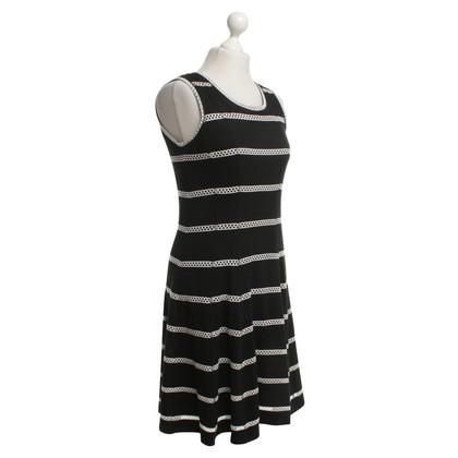 Riani Kleid mit Lochmuster-Einsatz