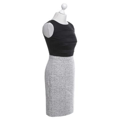 Armani Kleid in Salz-Pfeffer-Look