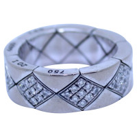 Chanel Diamond ring and quilted white gold