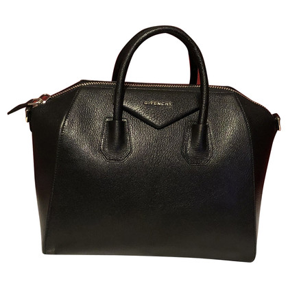 "Givenchy ""Antigona Bag"""