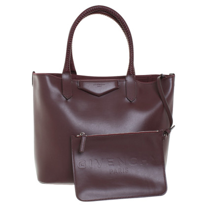 Givenchy Shopper in Bordeaux