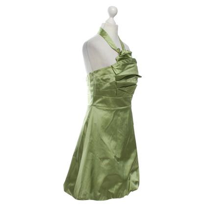 Karen Millen Lindgrünes Cocktailkleid aus Satin